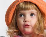В оранжевой шляпе